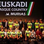 Presentación del Euskadi Basque Country-Murias Taldea